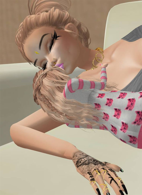 Quality Mom & Daughter Time in IMVU